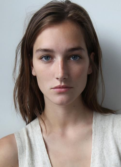 {Les people aiment} Le mannequin Josephine Le Tutour aime @carnacthalasso pour l'enveloppement reminéralisant aux algues himanthalia.