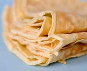 Esta Receta de Panqueques Cocineros Argentinos es una de las formas más sencillas de preparar Panqueques. Puedes rellenarlos de la manera que más te guste.