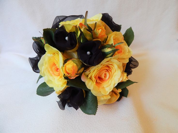 "Yellow-Black ""Batman"" wedding Bridal bouquet US$51.29"