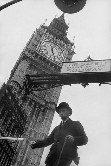 Westminster Underground Station, London, 1937, by E. O. Hoppe