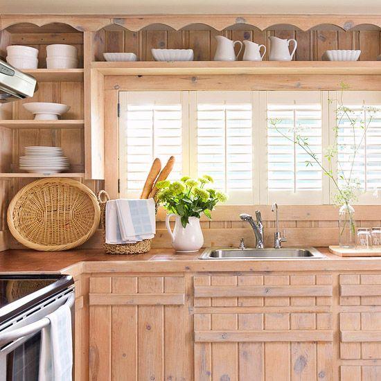 Rustic LookCottages Kitchens, Doors Handles, Kitchens Design, Open Shelves, Cabinets Makeovers, Rustic Looks, Design Kitchens, Kitchens Cabinets, Cabinets Doors