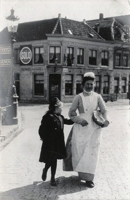 A maid and child, Alkmaar, North Holland, 21 April 1906. Taken by the Punch cartoonist Linley Sambourne