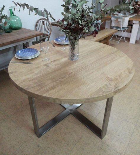 Mesas de comedor redondas | table | Industrial interiors, Table ...