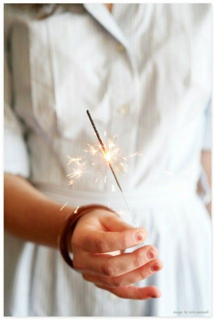it would be so much fun to take pictures with sparklers!