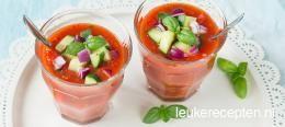 Snelle gazpacho met gegrilde paprika