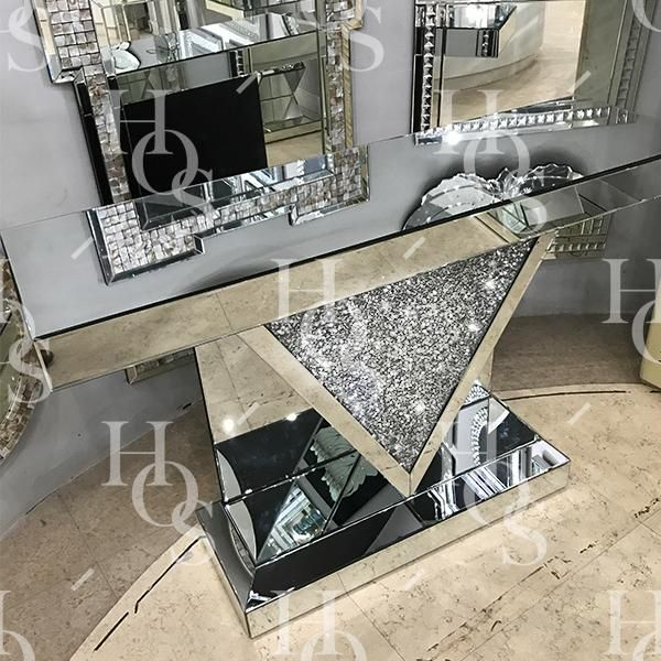 Diamond Crush Console Table With V Frame Mirrored Furniture Decor Mirrored Furniture Mirrored Console Table