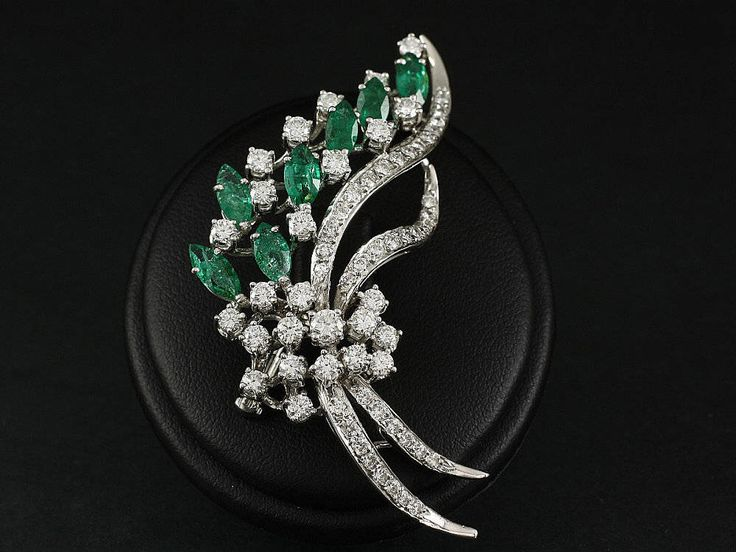 Gold brooch with Diamonds and Emeralds + Expertise DeGEB by ARTaVIP on Etsy https://www.etsy.com/listing/515429866/gold-brooch-with-diamonds-and-emeralds