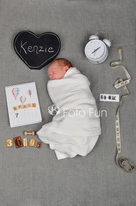 Kenzie Alexandra, Newborn Phtography with Date, Weight, Height and Time