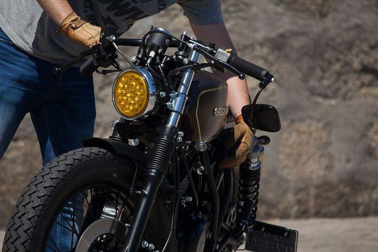 Suzuki GN250 by Dream Wheels Heritage