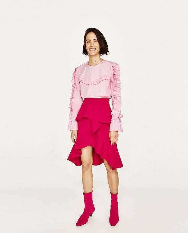 Color rosa, el color de tendencia de la primavera 2017: fotos de los modelos - Zara look fucsia y rosa