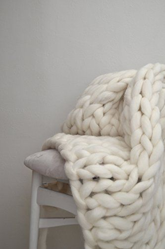 The Classic Knit Blanket /  #blanket #knit
