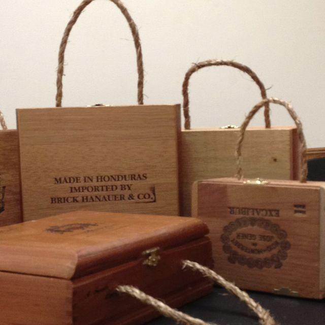 DIY.... Cigar box purse!!