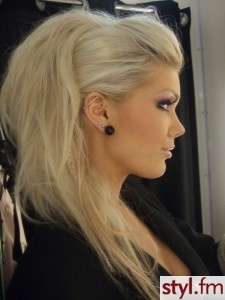 Faux hawk updo: Big Hairs, Hairstyles, Blonde, Makeup, Hairs Styles, Hairs Color, Long Hairs, Faux Hawks, Rocker Chic