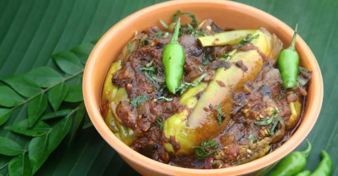 Recette de Baingan Masala ou aubergines au massalé. Facile et rapide à réaliser, goûteuse et diététique. Ingrédients, préparation et recettes associées.