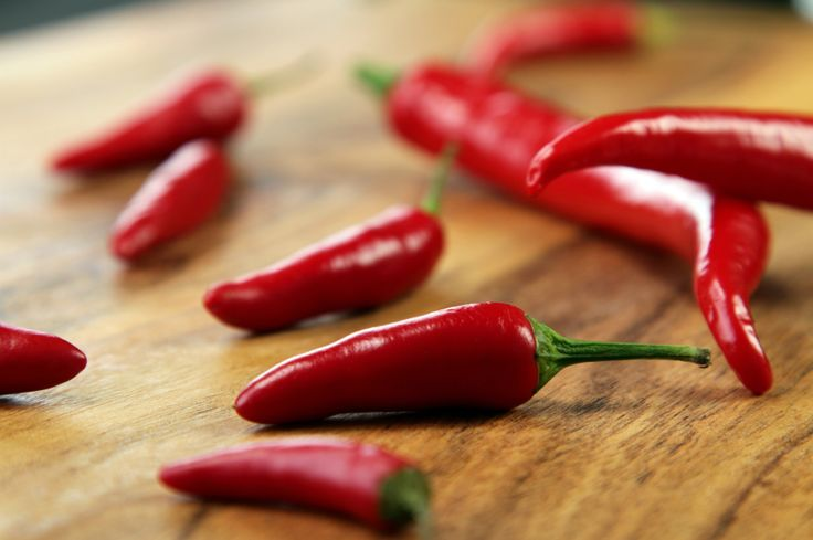 Reduce Acidity, Lose Weight and More with This Pepper » DrAxe.com