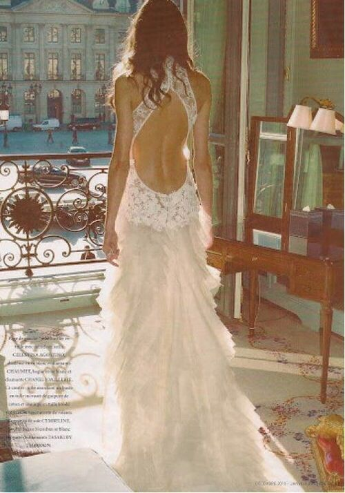 Fabulous Open back lace wedding dress