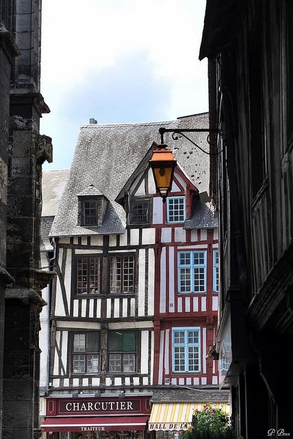Colombages à Pont-Audemer, Eure, Haute-Normandie.