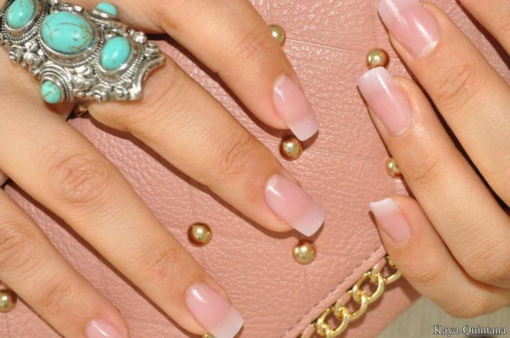 Nagels: Acryl nagels met natuurlijke finish