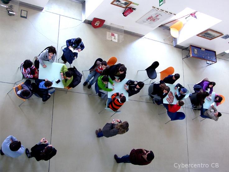 Agrupamento de Escolas João Roiz participam na atividade Cybernatal no Cybercentro CB