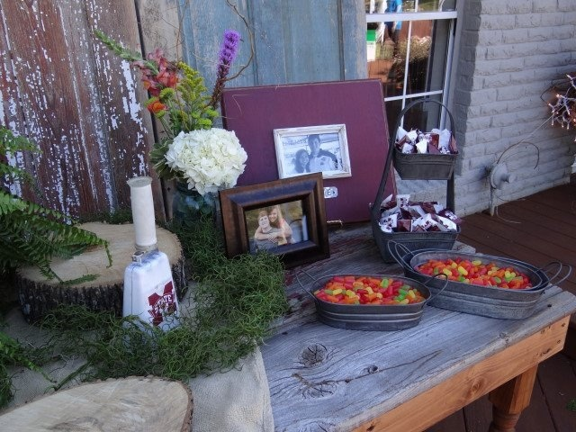 mississippi state grooms table with pecan pies and mike n ikes