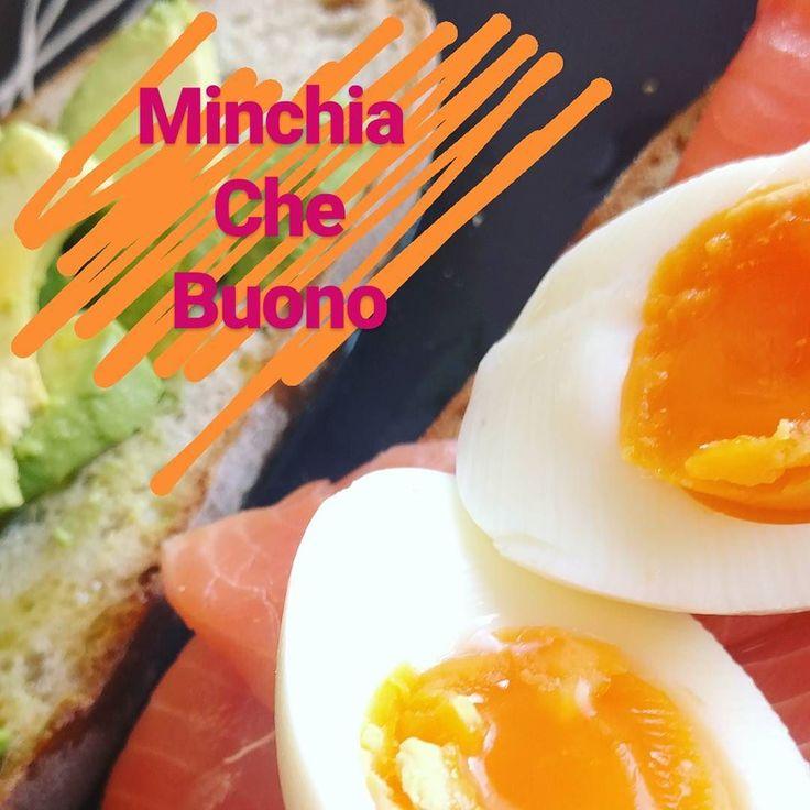 #breakfast with #salmon #avocado and #eggs on #toast  #morning #pleasure  #food #foodie #foodporn #pic #picoftheday #chef #chefsofinstagram #italy #italian #italianfood #cocinerositalianos