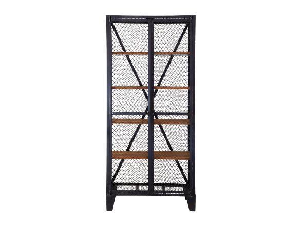 フェンス用の鉄網を使用したロッカーキャビネット。シューズやジーンズなどクローゼットにしまい込みたくないアイテムの収納に便利です。棚板は16cmピッチで位置調節が可能です。