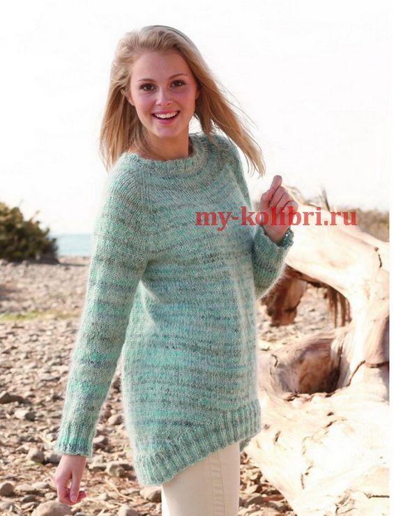 Женский пуловер спицами с ассиметричной спинкой