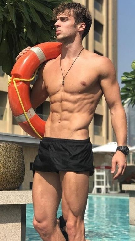 Male Model, Good Looking, Beautiful Man, Guy, Hot, Sexy, Handsome, Eye Candy, Muscle, Hunk, Abs, Sixpack, Shirtless, Swimwear, Wet 男性モデル スイムウェア 水着