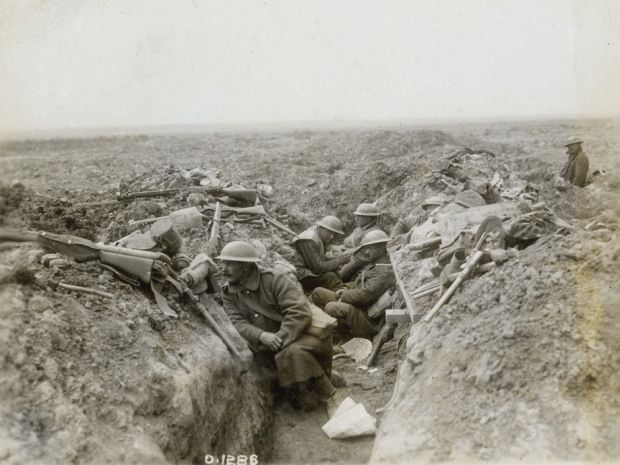 World War 1. Canadian troops in the second wave of the attack on Vimy Ridge wait in a trench for the signal to advance.