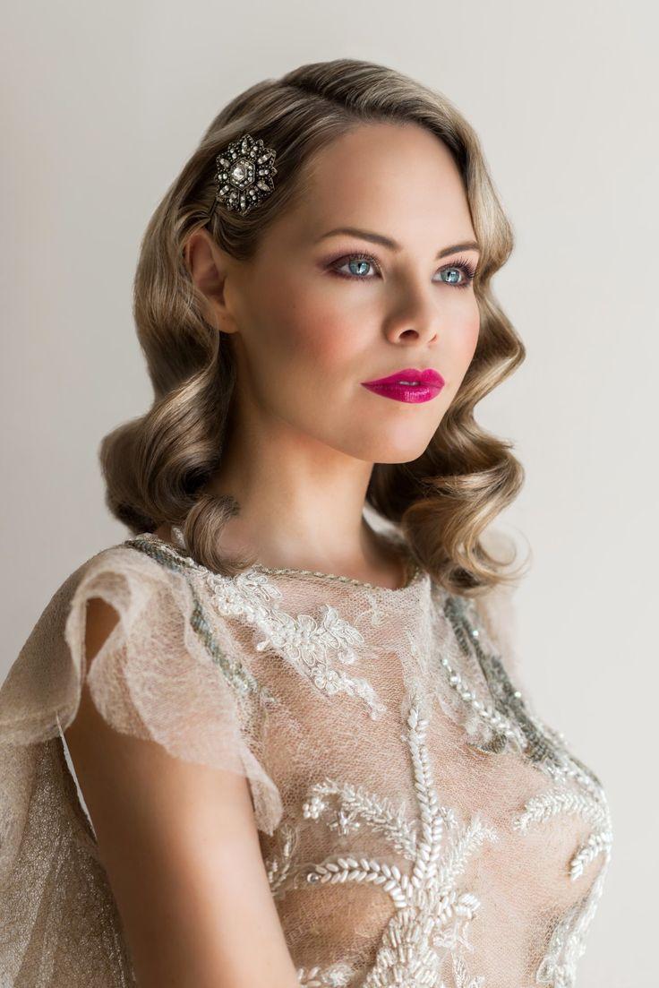 Makeup tutorial: How to create a gorgeous 1040's vintage bridal makeup look by Lucy Jayne Makeup www.lucyjaynemakeup.co.uk