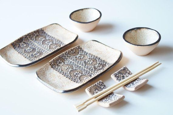 An original art set for sushi service - This listing is for a 6 pieces ceramic service set that includes two plates, two soy sauce dishes (bowls) and two