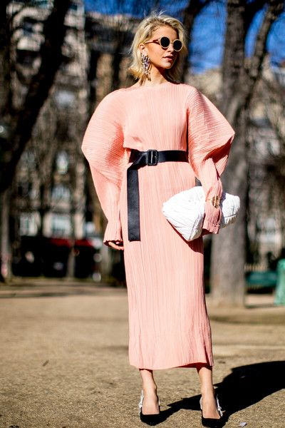 Pretty in Pink - 60 Outfit Ideas From Paris Fashion Week's Street Style - Photos
