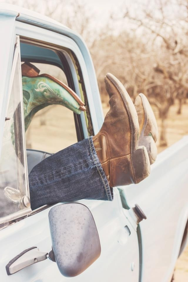 Credit to: Ediacol photography and design engagement photos old truck cowboy boots country