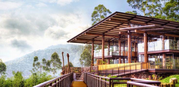 8 Restoran Di BANDUNG Dengan Pemandangan Paling GOKIL!