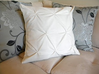 making a few of these for the office daybed, stat: DIY Textured Pillows