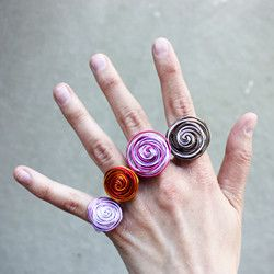 Learn how to make wire rings with this step-by-step tutorial.