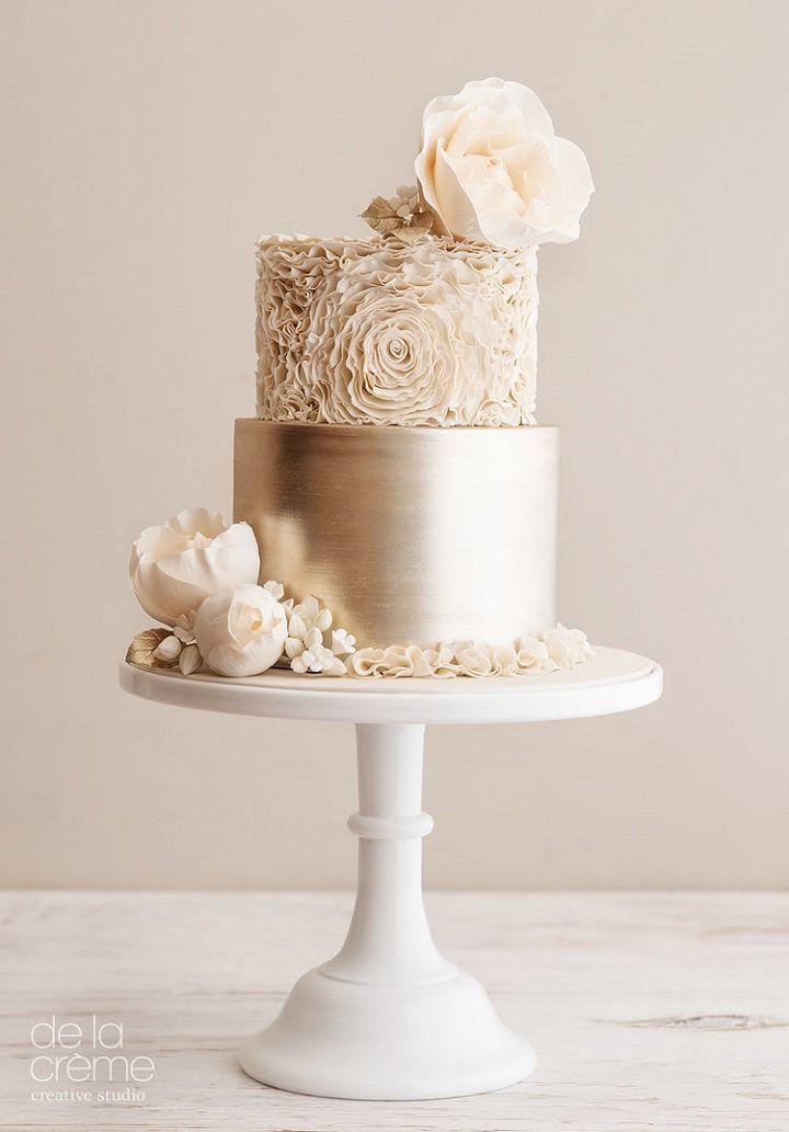 Schöne Hochzeitstorte Designs von De La Creme Creative Studio   – birthday :O