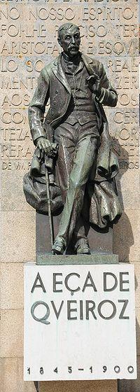 Estátua na Póvoa de Varzim.