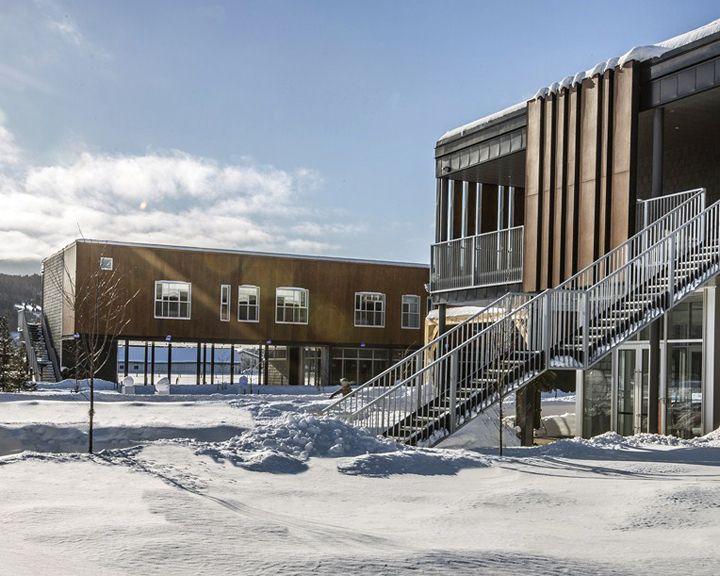 Project: Hotel La Ferme Location: Baie St Paul, QC Product: Parklex Architect: Consortium Hudon & Julien / Coarchitecture, Lemay &  Michaud, St-Gelais Montminy Architectes