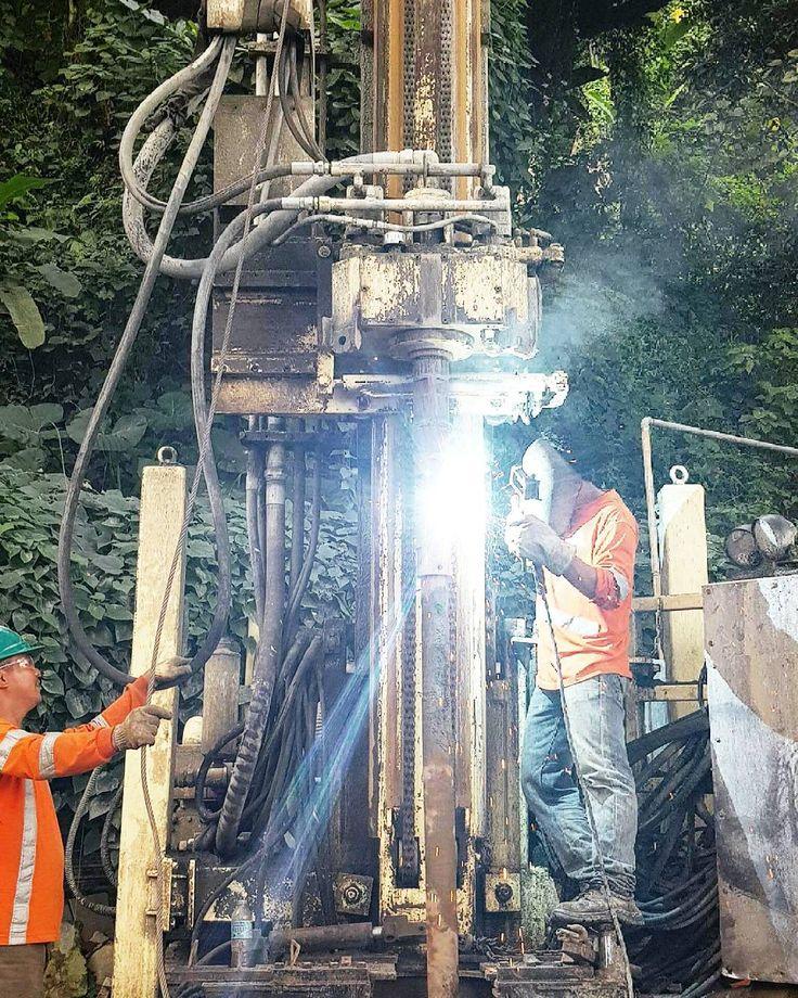 Deep well drilling job #trivia #nowiknow #npenterprise #Summer #needwater #naturalpowerenterprise #WaterDrillingMachine #waterdrilling #np_enterprise #welding #machines #deepwell #waterblaster #watermachines