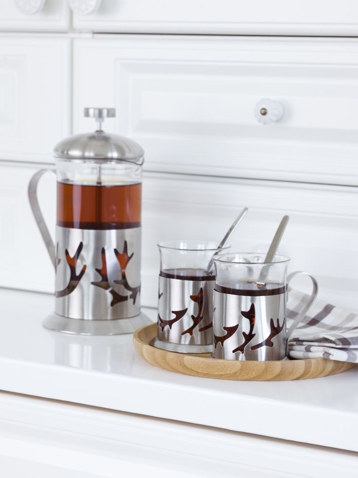 Saaga Glass For Hot Drinks 2 Pcs Set | Pentik | Designed by Minna Niskakangas, gorgeous Saaga (Saga) glasses for hot drinks are perfect for serving tea and mulled wine on cold winter evenings.