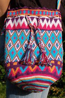 Die Fadenwirkerin: Häkeln. No pattern but links to tutorials on tapestry crochet. Stunning