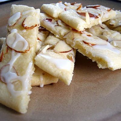 Grandma Mae's Norwegian almond bars @keyingredient