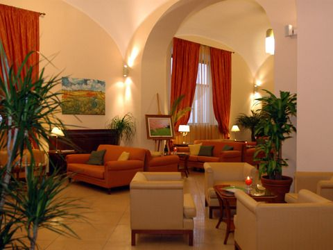 Le Cheminèe Business Hotel, Naples (Italy), conference center. The waiting room.