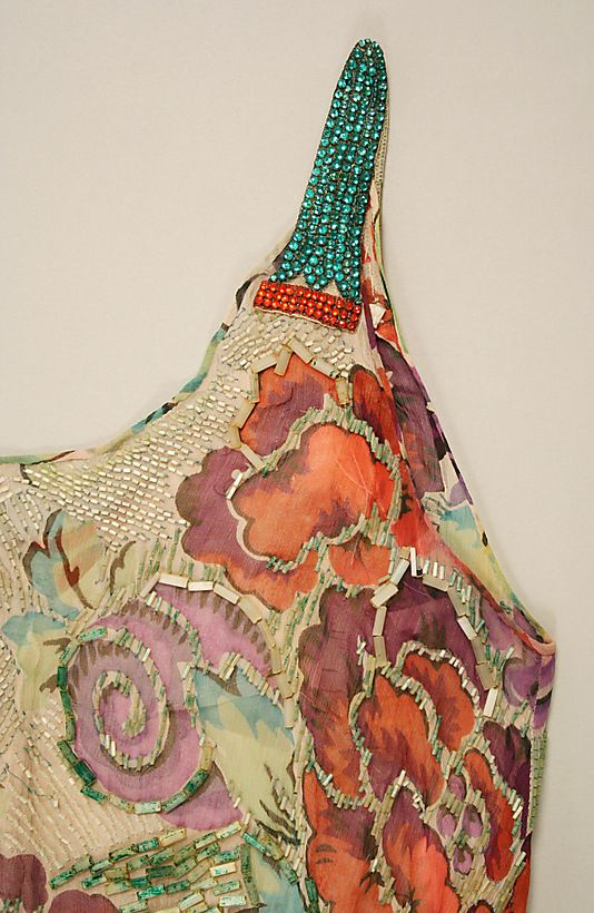 Evening dress House of Worth (French, 1858–1956) Date: 1928–29 Culture: French Medium: silk, glass beads. Detail