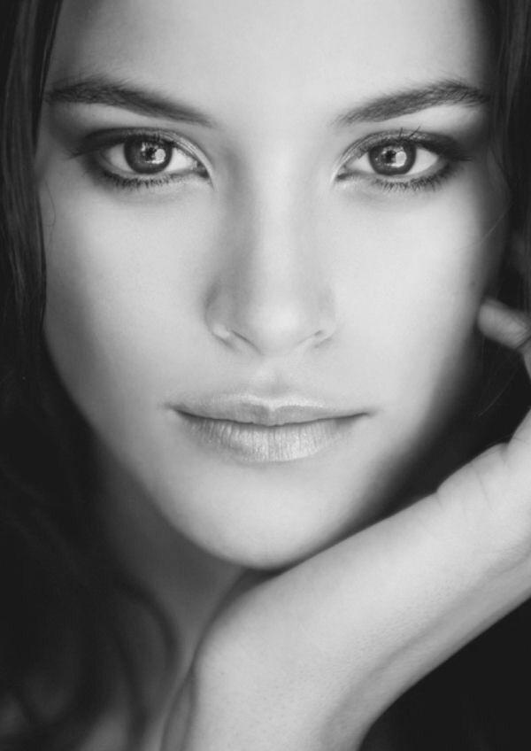 1151 best Portraits images on Pinterest Faces, Canvases and - www küchen quelle de