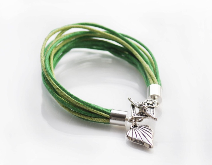 Hand made jewellery; barcelet made by Martyna; find on www.facebook.com/BizuteriaLowyt