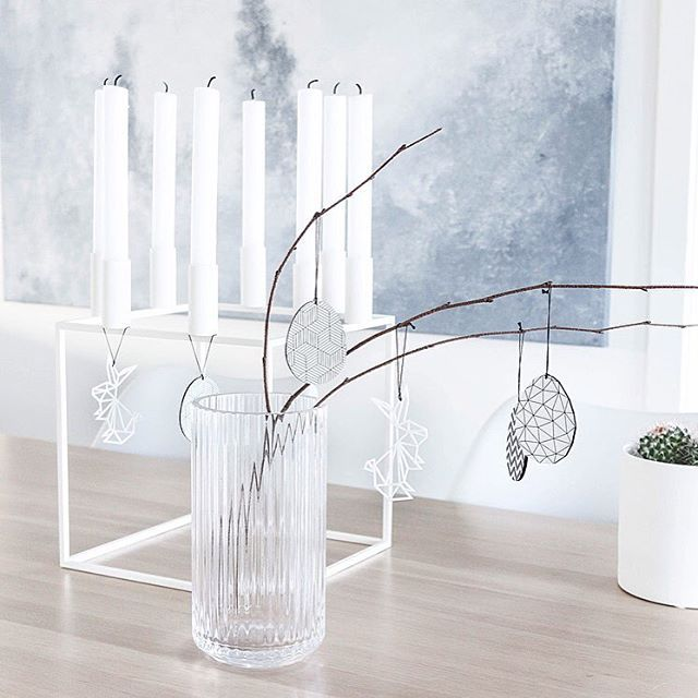 Se mer av årets påskedekorasjonen her i huset på theinspiremeportal.com #linkinbio #feliusdesign --- You can see more of our #easterdecorations at theinspiremeportal.com _________________________________________________