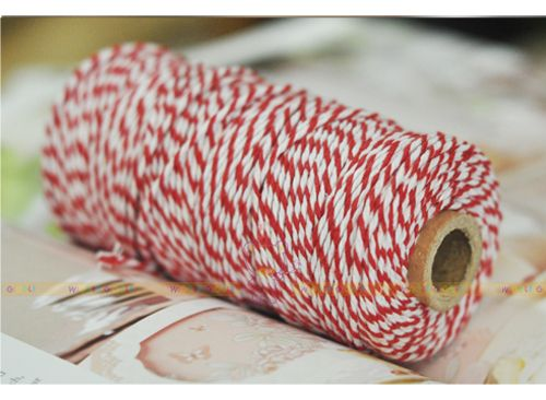 Red Twine Roll. Baker's Twine is the ultimate secret ingredient for your creative project! It's gorgeous for gift wrapping, dessert table accessories, crafts projects, wedding favors, product packaging and many more. Visit us at www.wigglegiggle.com