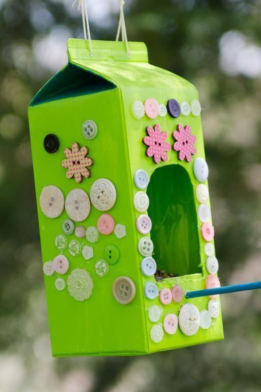 Vogelhäuschen aus Milchkarton | Milch karton vogelhäuschen – #aus #karton #mil…